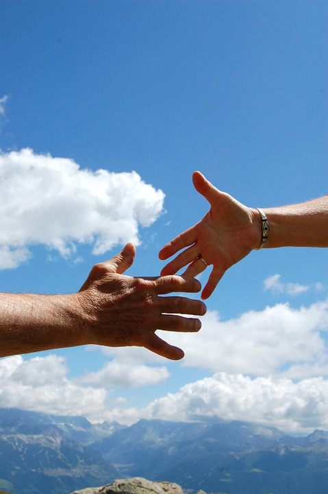 une poignée de mains